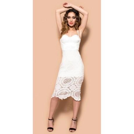 Winkelt Floryday voor betaalbare dames mode Wit Jurken. Floryday biedt de nieuwste dames Wit Jurken collecties voor elke gelegenheid.