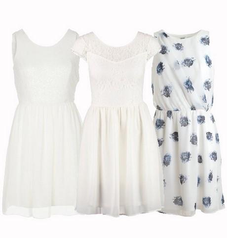 Kort wit kleedje